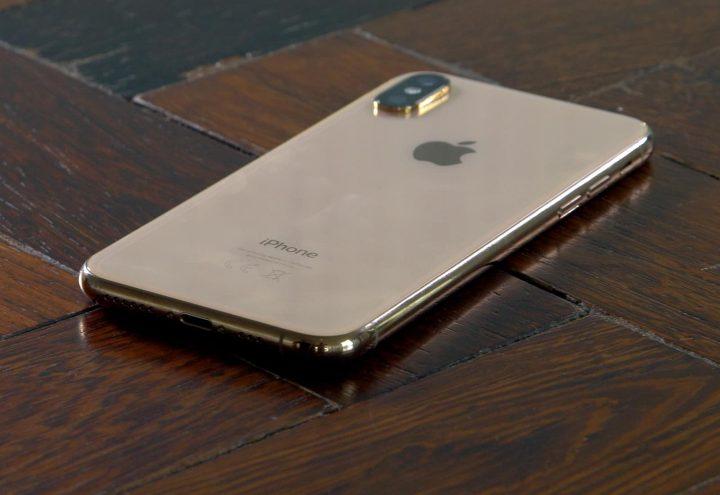 iPhone Xs: Tahan Debu dan Air dengan IP68